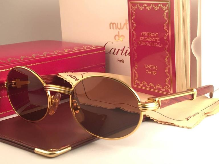 New Cartier Giverny Gold and Wood 53 22 Full Set Brown Lens France     New Original Rare Yellow and White Gold 1992 Cartier classy Giverny  Sunglasses with rosewood temples and