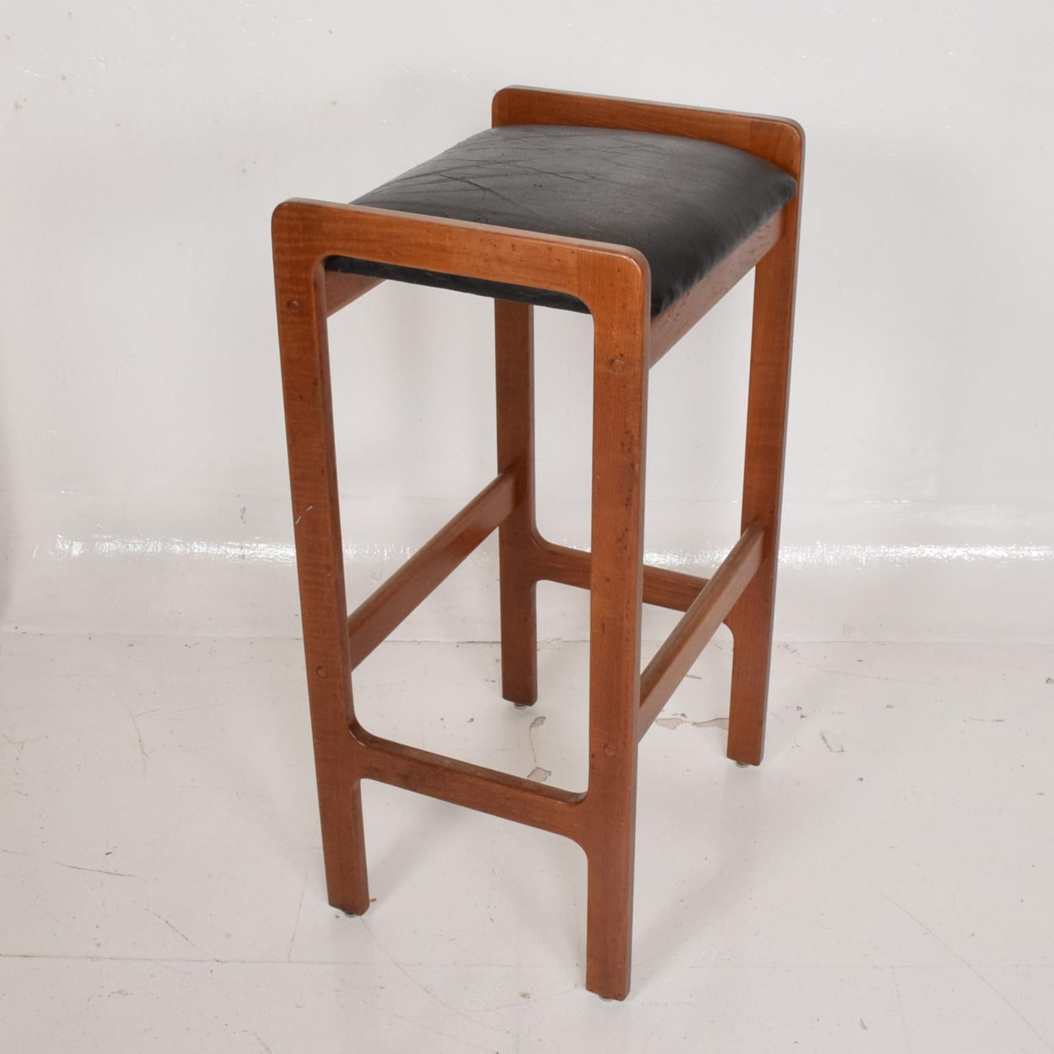 Danish Modern Teak Bar Stool With Leather Seat For Sale At 1stdibs