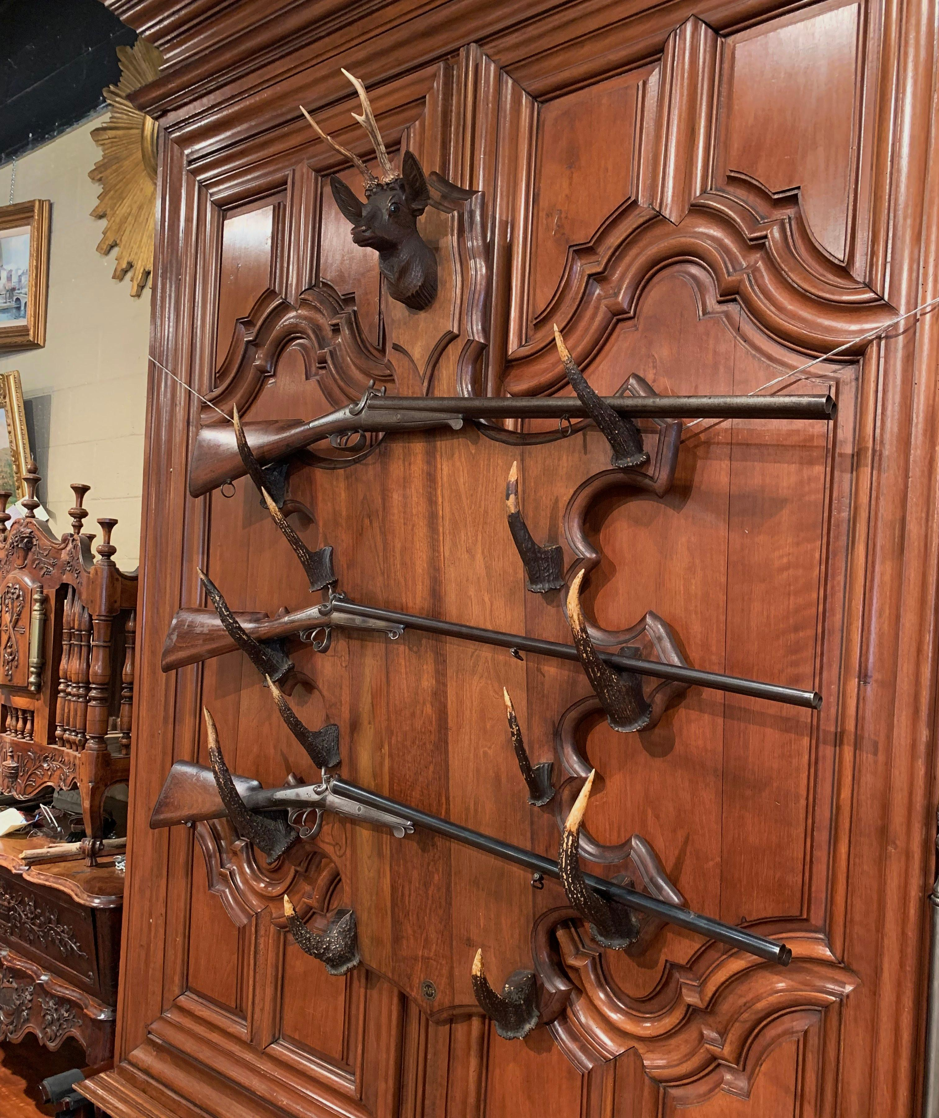 French Black Forest Carved Gun Or Coat Rack With Horns And