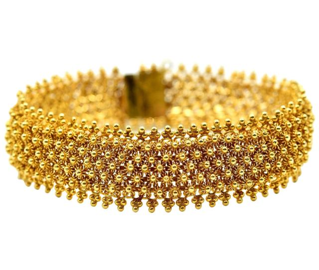 Indian Style Bracelet Made In 14 Karat Yellow Gold 26 8 Grams For Sale