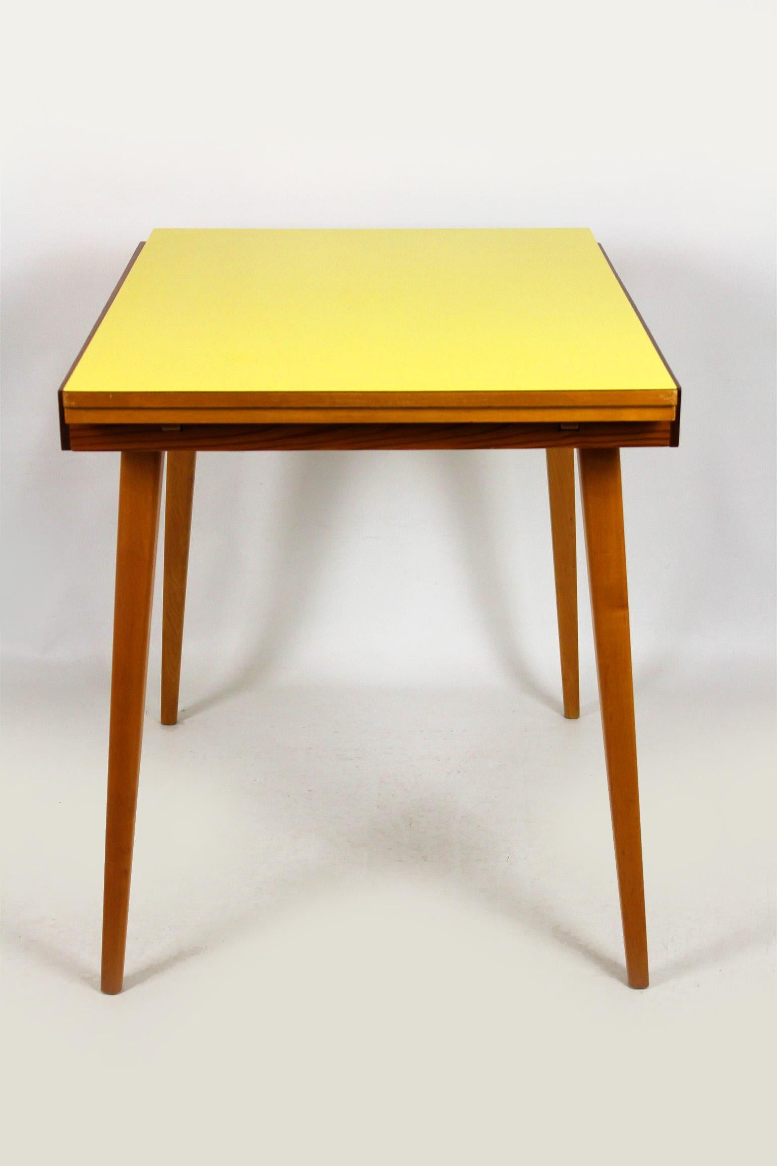 yellow formica folding dining table 1960s for sale at 1stdibs on Circular Folding Dining Table id=21212