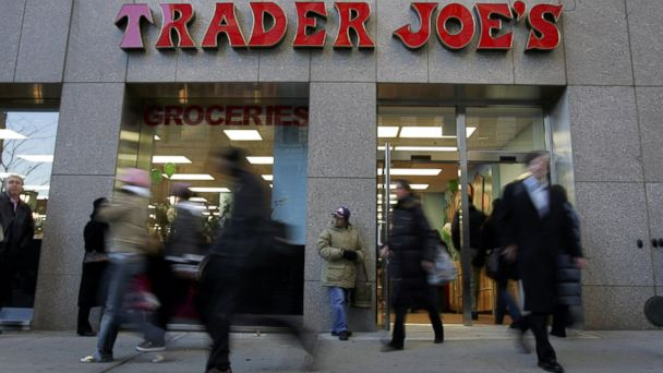 PHOTO: Pedestrians pictured outside the Trader Joes on 14th Street in in Union Squre, New York, March 17, 2006.