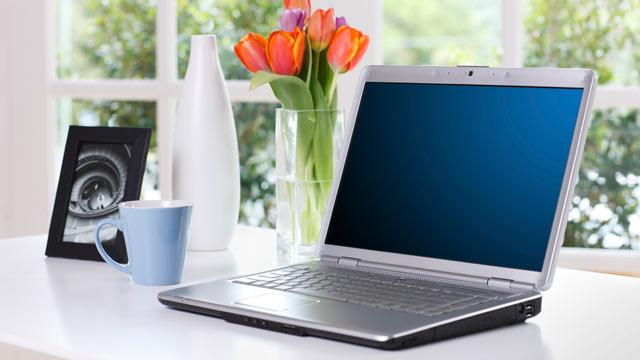PHOTO:A laptop computer on a desk.