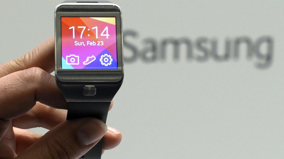 PHOTO: The Samsung Galaxy Gear 2 is presented during the 2014 Mobile World Congress in Barcelona, Spain, Feb. 23, 2014.
