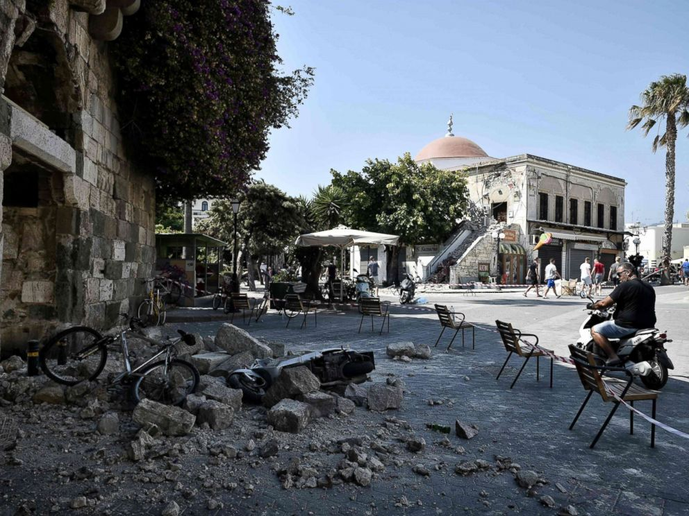 PHOTO: A man looks at rubble fallen from a quake damaged building on the Greek Island of Kos, July 21, 2017, following a 6.5 magnitude earthquake which struck the region.