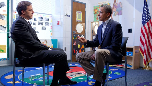 PHOTO: President Obama sits down with ABC News' senior White House correspondent Jake Tapper for an exclusive interview in Jamestown, N.C.