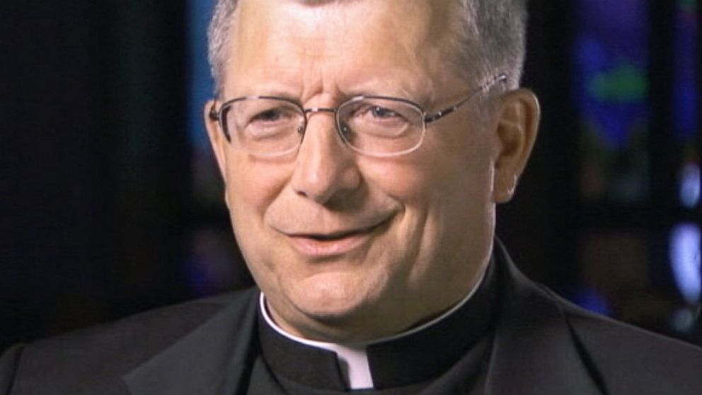Mystery Priest At Missouri Car Accident Identified Abc News