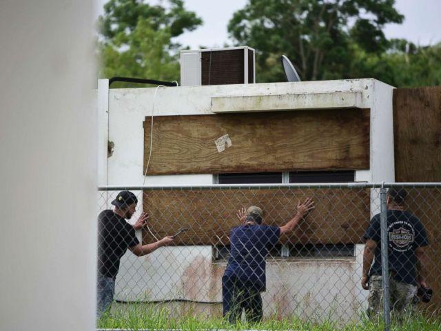 PHOTO: Residents of Las Lomas community board up windows in preparation for Hurricane Irma, in Ceiba, Puerto Rico, Sept. 6, 2017.