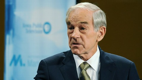 gty ron paul jt 111106 wblog Foreign Policy Experts Agree With Ron Pauls Controversial Foreign Policy