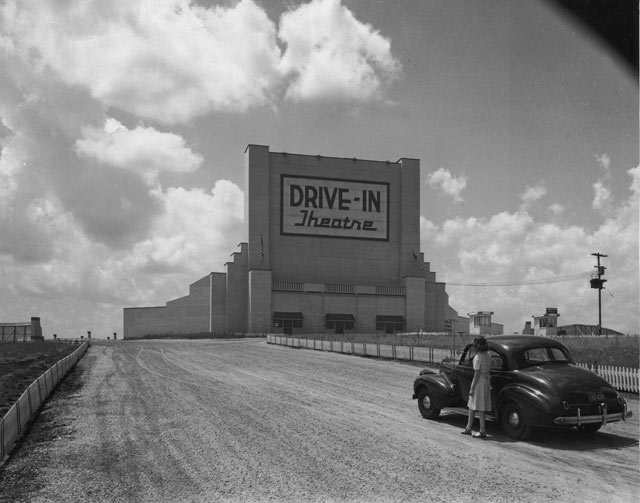 gty drivein kb 130605 blog The Days of Drive Ins
