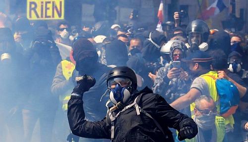 Протест в Москве и желтые жилеты: Александр Бикбов, интервью
