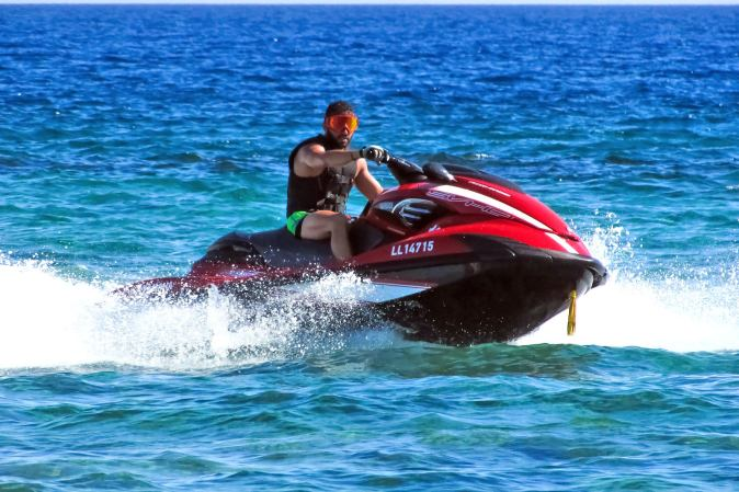 jet-ski safari tour activity in Qatar