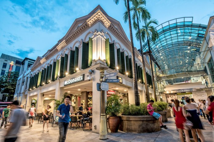 Bugis Junction Singapore Funky Modern Mall In Singapore Go Guides