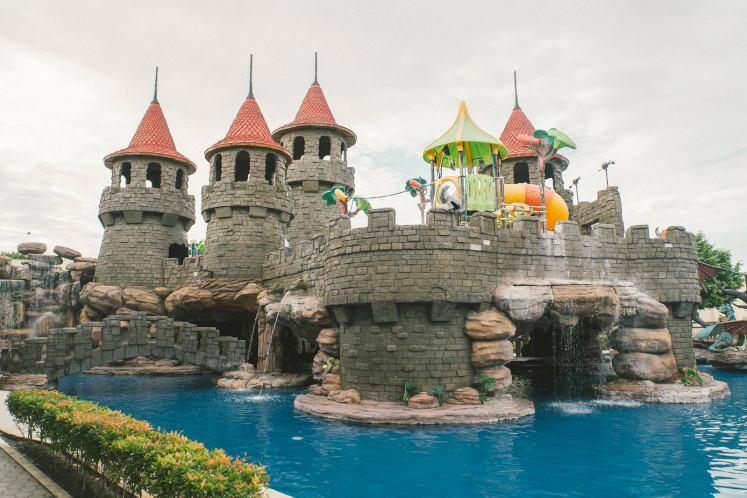 Take the kids to Cebu Westown Lagoon