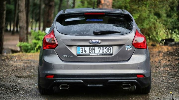ford focus hatchback mk3 1 6 125 hp