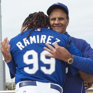 https://i1.wp.com/a.espncdn.com/photo/2009/0305/mlb_ap_torre_manny1_300.jpg