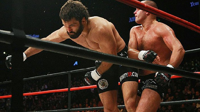 https://i1.wp.com/a.espncdn.com/photo/2009/0520/mma_s_arlovski_576.jpg?resize=704%2C396