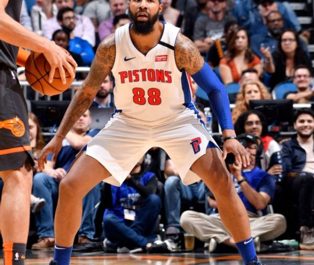 Markieff Morris Clears Waivers And Signs With Lakers Abc Com