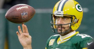 Pack prez wants Rodgers around in '21, 'beyond'
