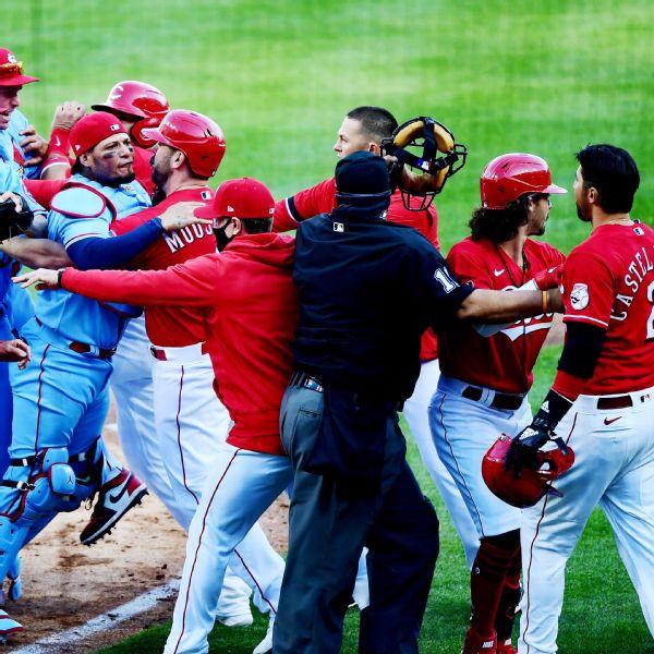 Reds' Castellanos suspended 2 for sparking brawl