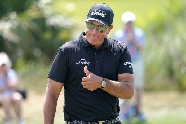 Phil, 50, wins PGA, becoming oldest major champ