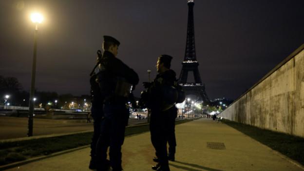 Policía en Paris