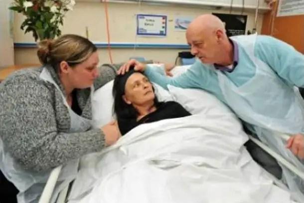 noticias Mujer revive a los 45 minutos de ser declarada muerta