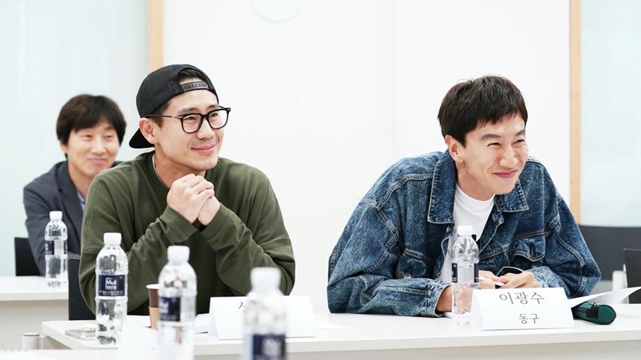 申河均,李絮主演電影《我的特級兄弟》於本月17日殺青!並公開宣傳海報 - KSD 韓星網 (電影)
