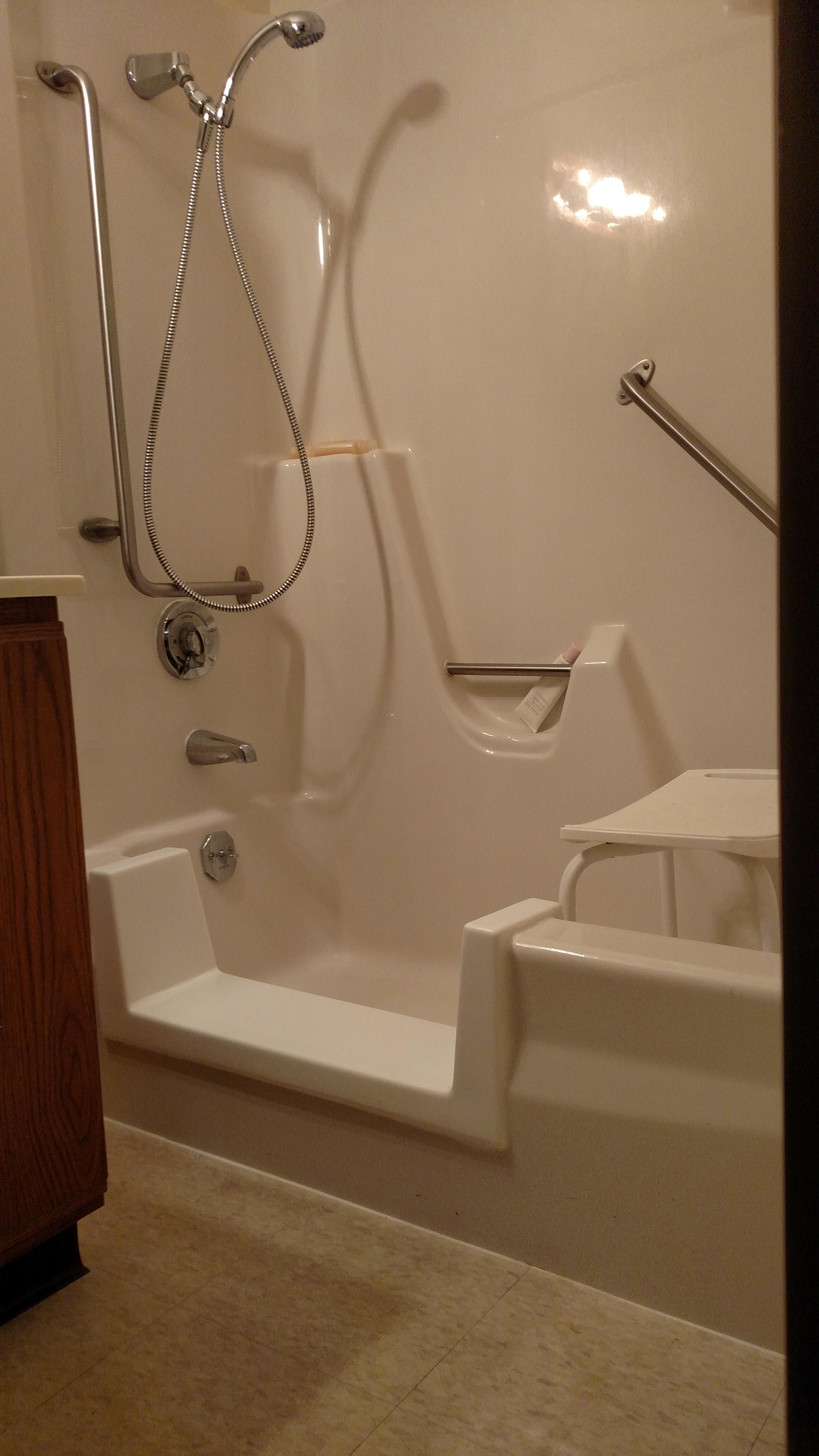 Bath Glaze Of La Crosse La Crosse Wisconsin WI