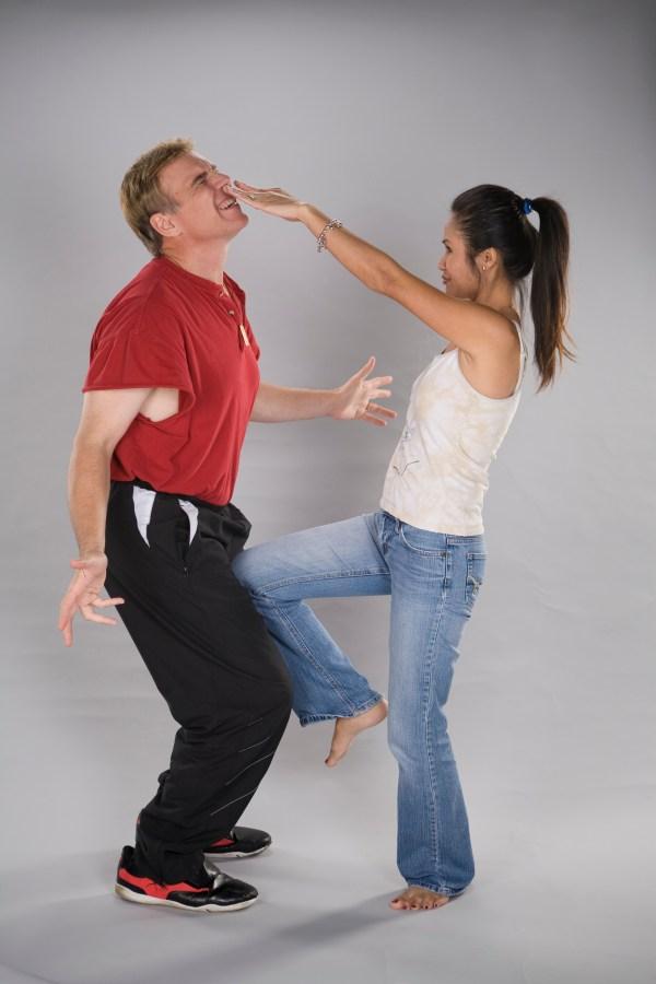 womens self defense - HD2912×4368