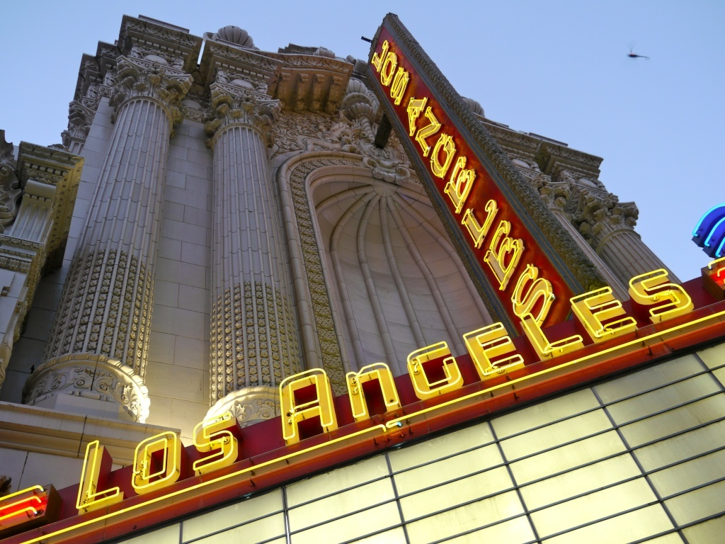 Downtown Theaters Open For A Day To Bring Broadway Relics