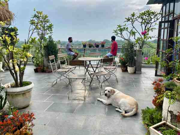 The Lazy Patio - Hauz Khas Village - Earth houses for Rent in New Delhi,  Delhi, India