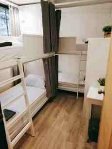 White House Hostel 2 Bunk Beds Shared Bathroom Hostels For Rent In Khet Ratchathewi Krung Thep Maha Nakhon Thailand