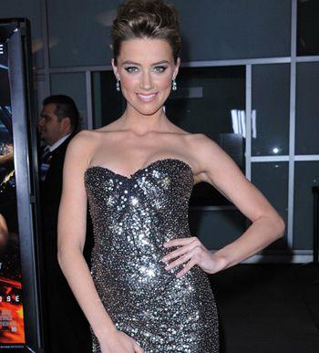 https://i1.wp.com/a1.idata.over-blog.com/350x387/0/00/51/81/iza/Mode-l-actrice-Amber-Heard-est-la-nouvelle-egerie-de-Guess_.jpg?w=640