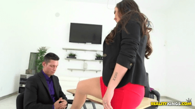 Hot Office Occupants Creating A Sexual Atmosphere