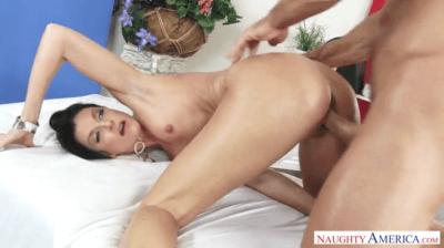 Masseuse Pussy Gets A Proper Sweet Fuck