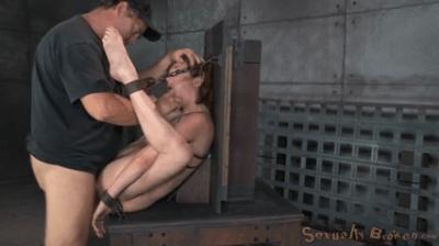 Veronica Avluv  Sexually Broken