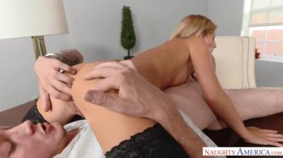 Banging Bellas Pussy