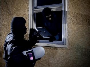 Burglars Exploiting Weakness Bradenton, FL