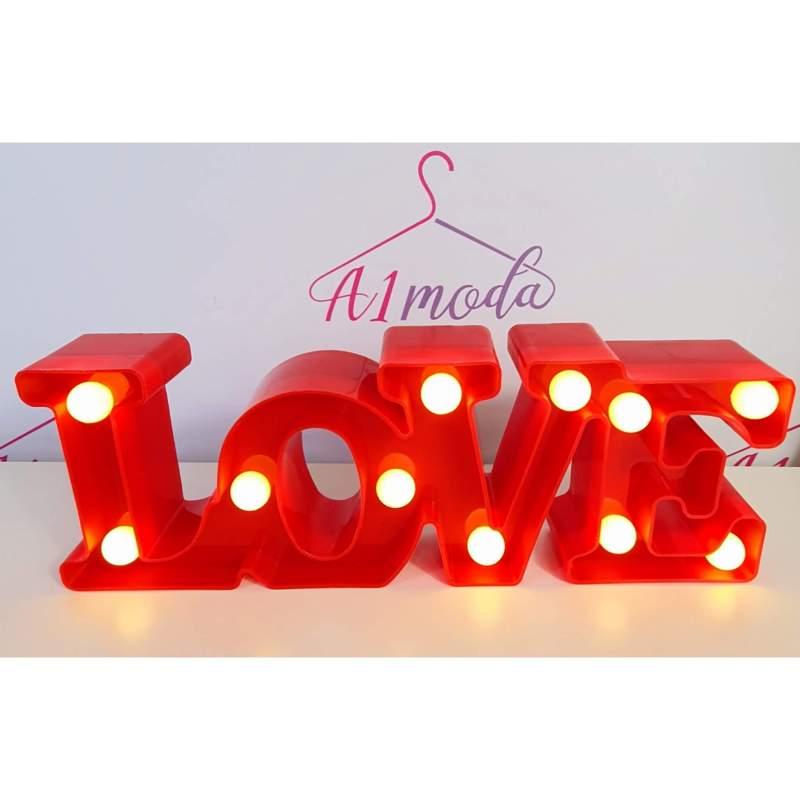 مضاءة LOVE