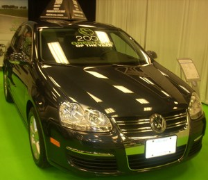'09_Volkswagen_Jetta_Diesel_Sedan_(MIAS)