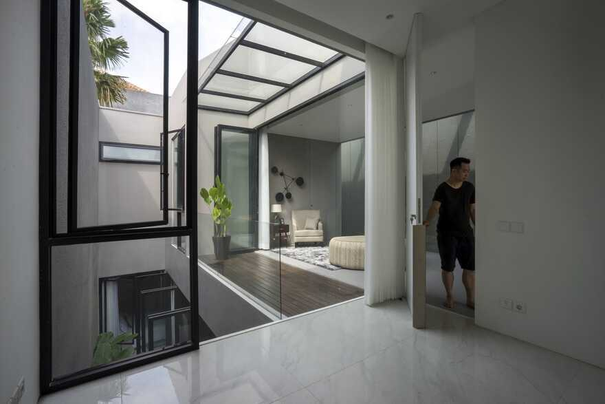 HHH House, Surabaya / Simple Projects Architecture on Hhh Outdoor Living  id=54726