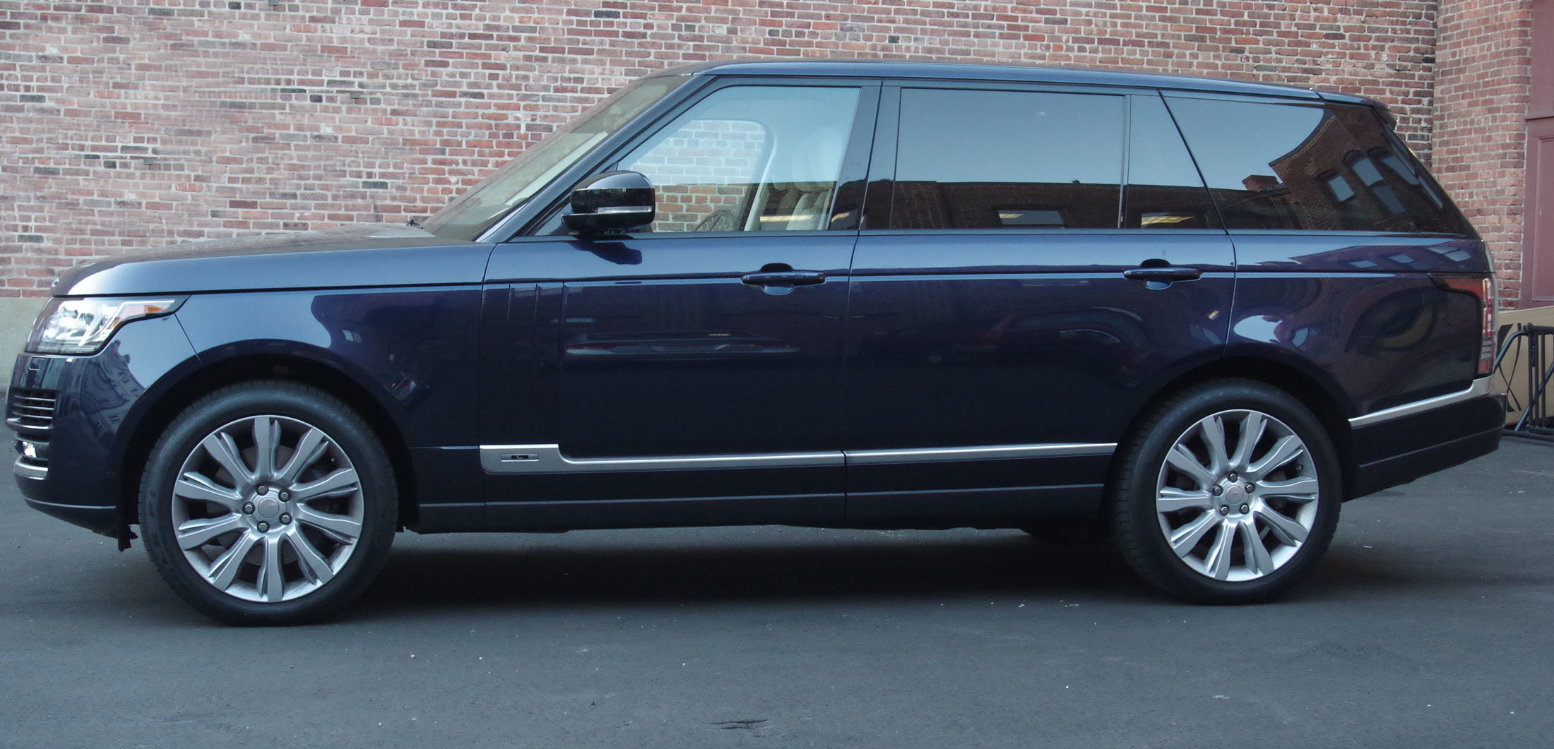 2014 Range Rover Long Wheelbase Everything But the Driver