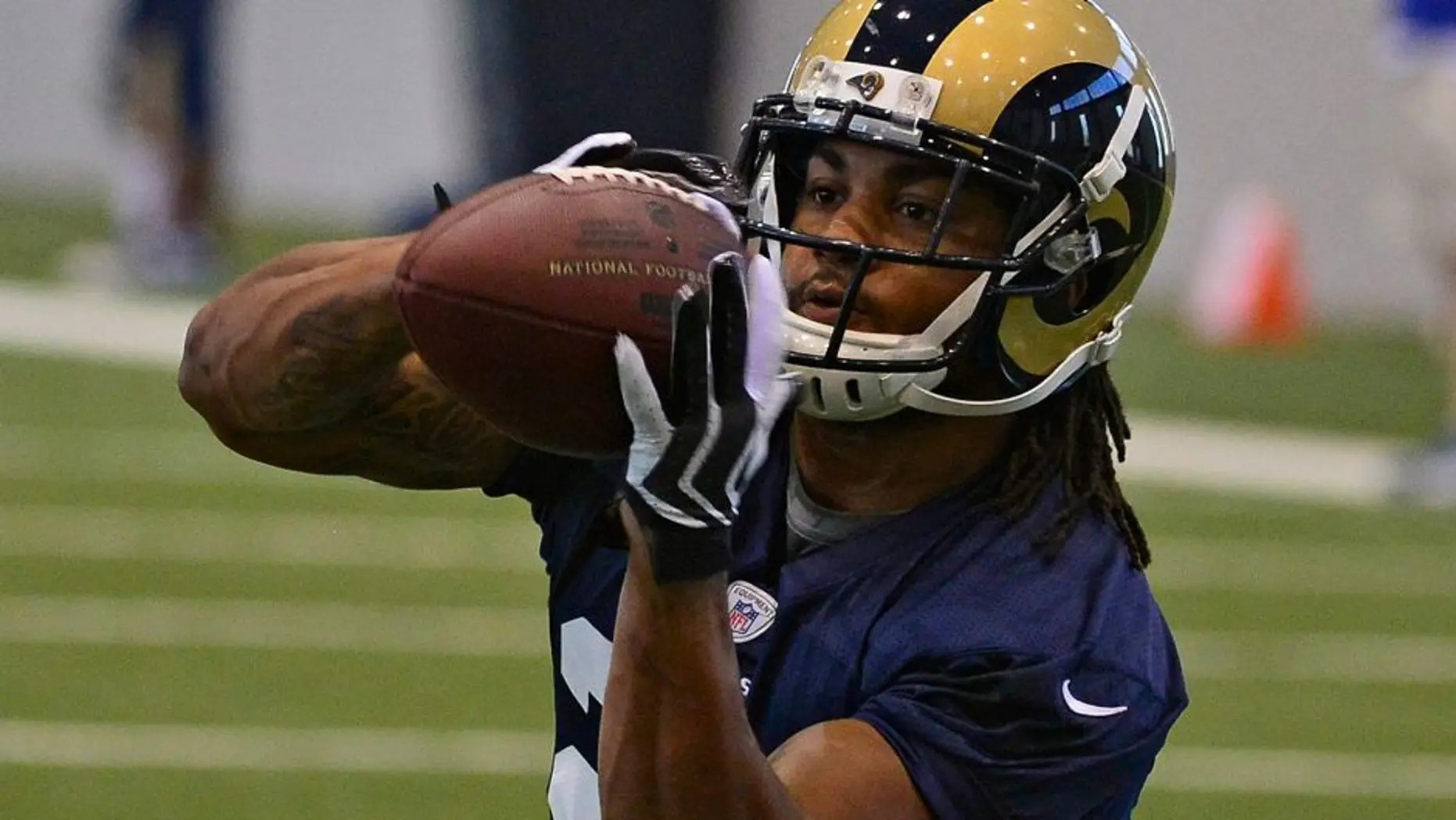 Gurley's success relegates Mason to spectator in Rams ...