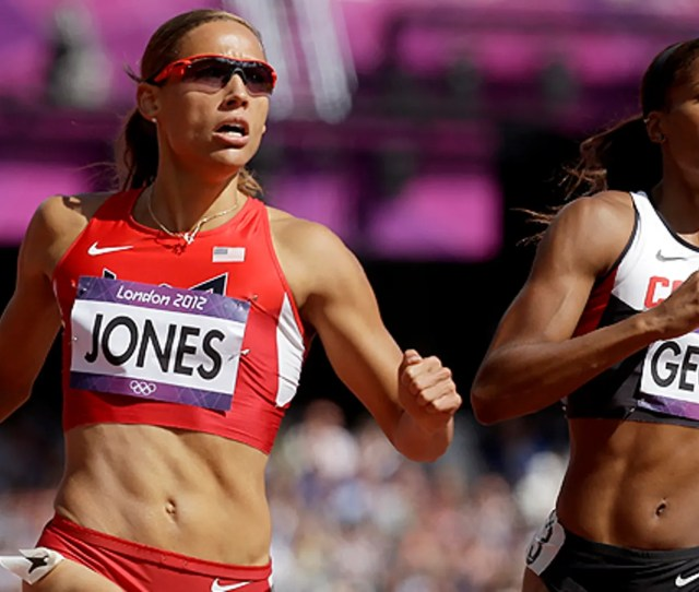 Aug 6 United States Lolo Jones Left And Canadas Phylicia George