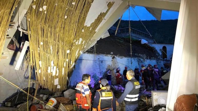 15 Im Zusammenbruch Im Hotel In Peru Wahrend Der Hochzeitsfeier