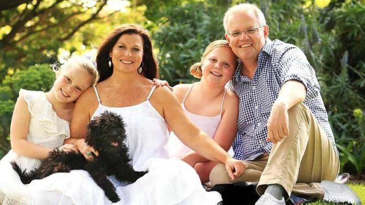 Australian Prime Minister Scott Morrison's family portrait appeared to have a glaring Photoshop error.
