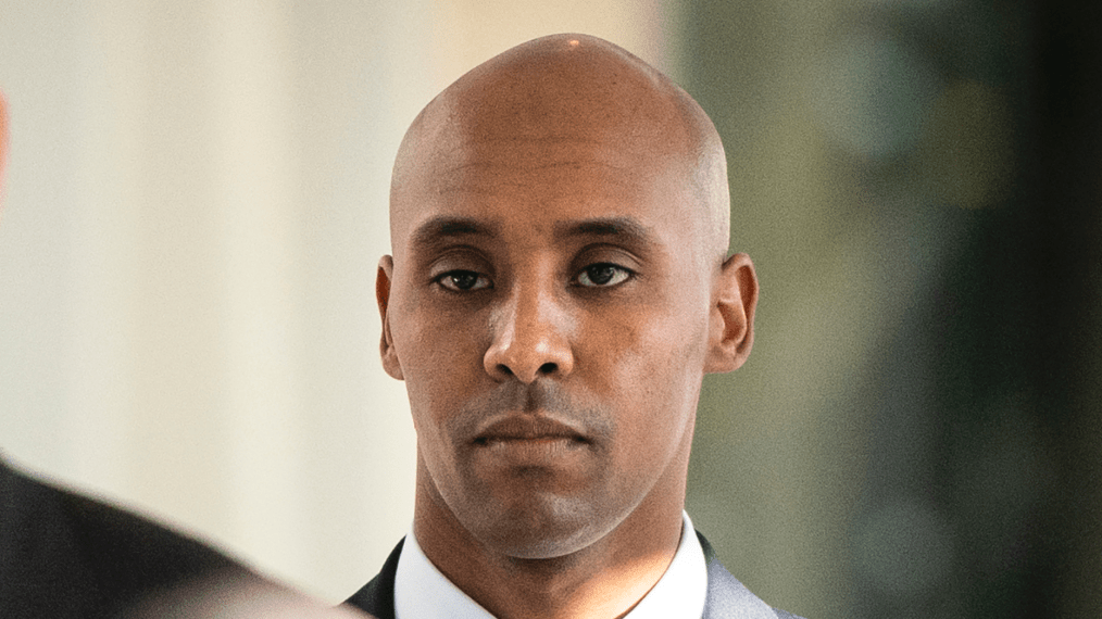 """FILE - In this April 26, 2019, file photo, former Minneapolis police officer Mohamed Noor walks to court in Minneapolis. Attorneys for Noor, convicted of fatally shooting an unarmed woman in 2017, plan to ask a sentencing judge for no prison time. If that's not granted, they're seeking less prison time than state sentencing guidelines recommend. Noor's lawyers filed a motion Thursday, May 30 asking for a """"dispositional departure"""" when he is sentenced June 7 for third-degree murder and second-degree manslaughter in the fatal shooting of Justine Ruszczyk Damond who had called 911 to report a possible crime.  (Leila Navidi/Star Tribune via AP, File)"""