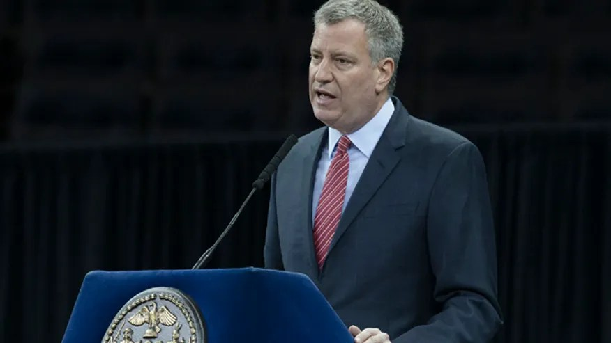 NYC Mayor Police Grad_Cham640360123114.jpg