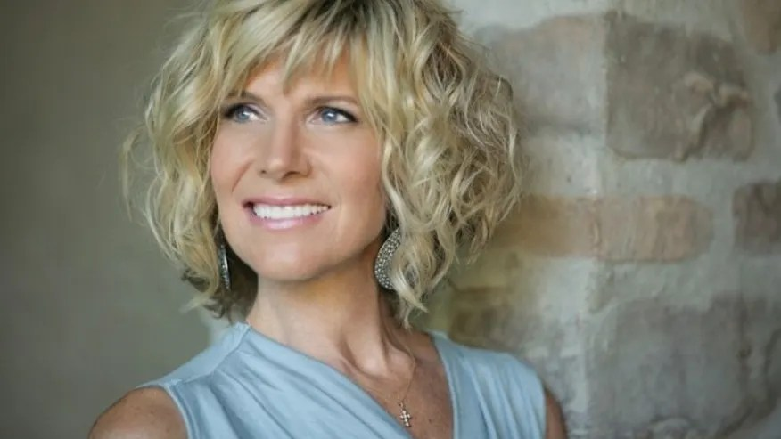 Debby Boone Talks Living At Frank Sinatras House Defends